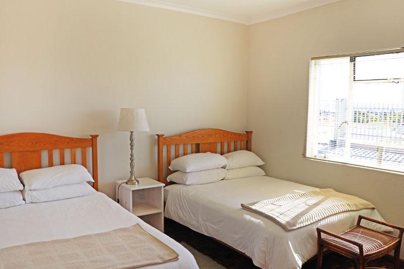 kite-quarters-kite-co-house-bedroom-1