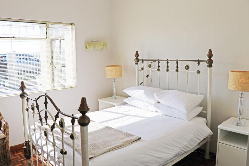 kite-quarters-kite-co-house-bedroom-2