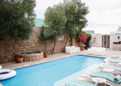 kite-quarters-kite-mansion-pool-house-travellers-pool