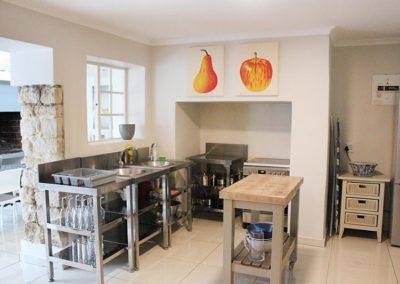 lavender-cottage-kitchen