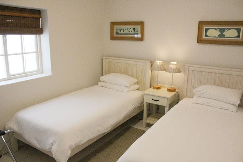 lavender-cottagesecond-bedroom