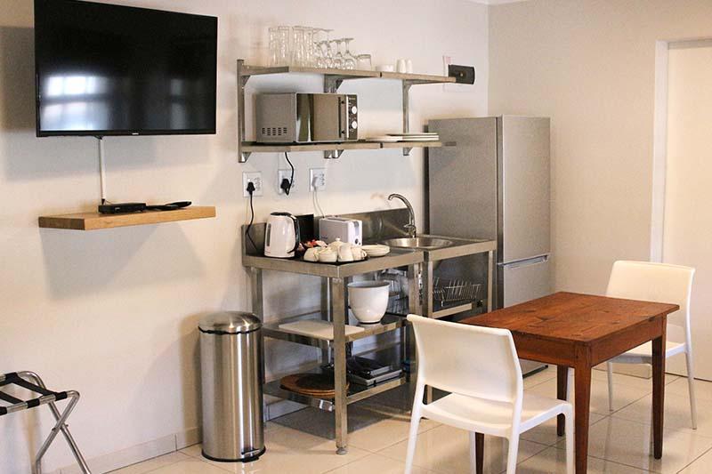 thyme-studio-cottage-kitchen