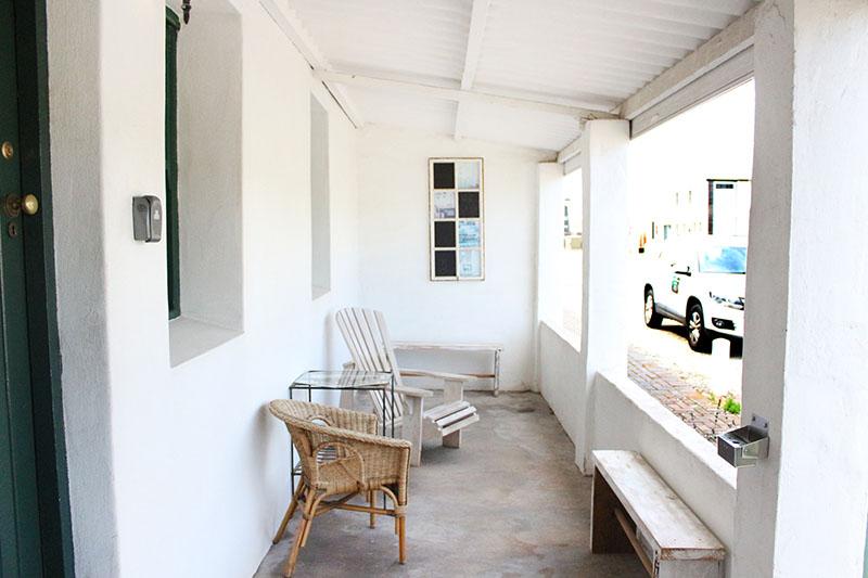 thyme-studio-cottage-patio