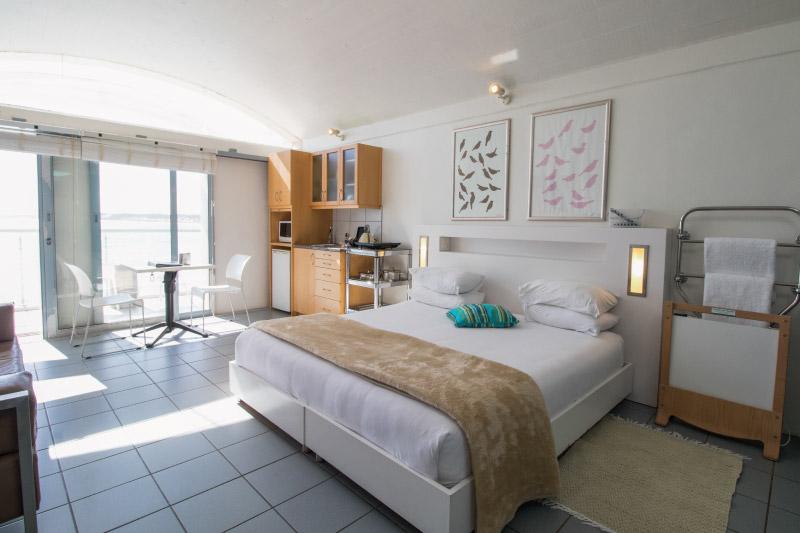 kite-quarters-speelhuis-studios-bedroom-1