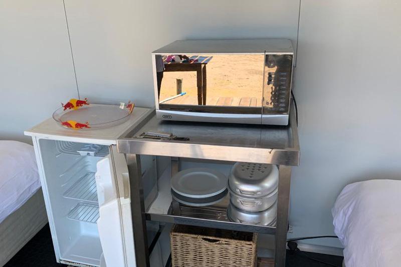 kite-base-truck-kitchenette